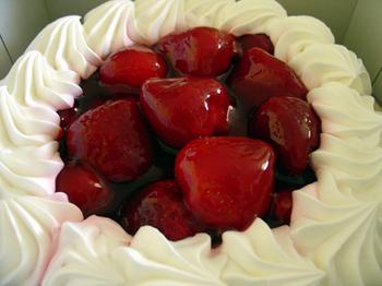 college-munchies-Anna-Millers-strawberry-pie
