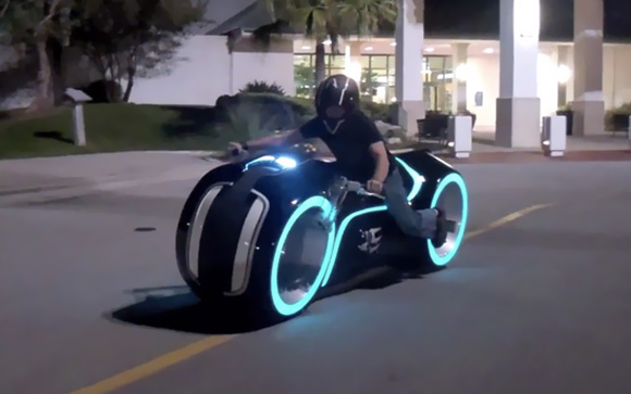 RealLife-TRON-Light-Cycle