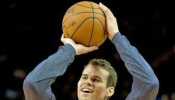 happy-kris-humphries-meme-lead