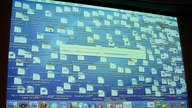 messy-desktop-jurvetson