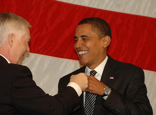 obama-fist-bump