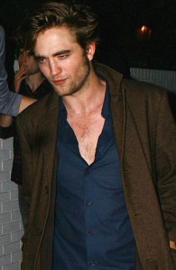 Robert Pattinson needs to shower