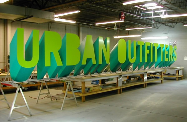 urban outfitters shop